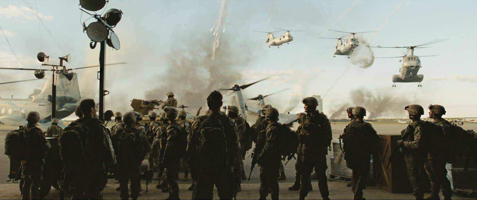 «Invasión del mundo: Batalla Los Ángeles»: Explosiones y no pretensiones