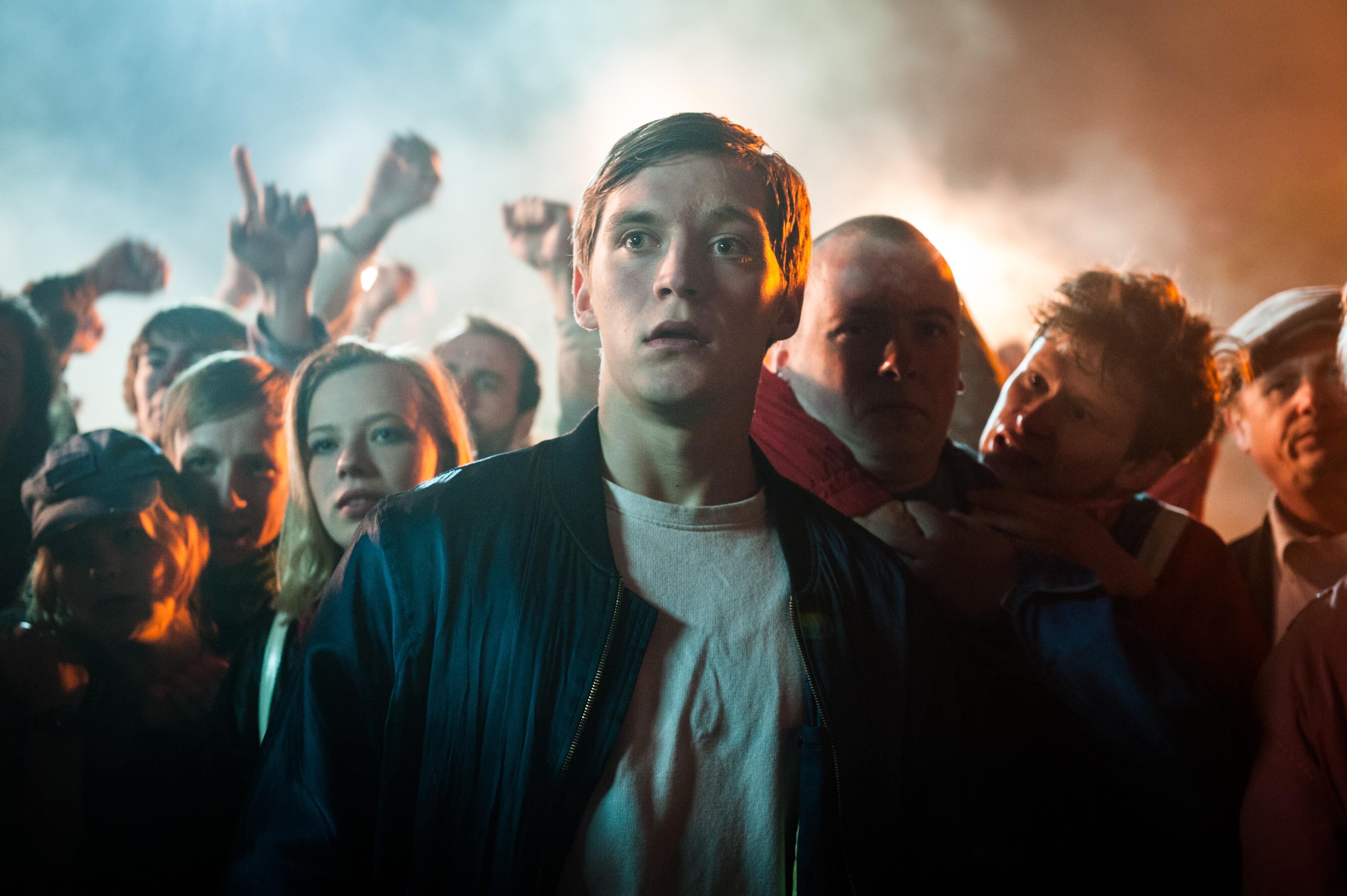 """15° Festival de Cine Alemán: """"Somos Jóvenes. Somos Fuertes"""" de  Burhan Qurbani (2014)"""
